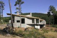 construction Maison d'habitation en bloc aggloméré de béton - Lyas (Ardèche) en 2000