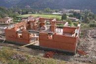 Maison d'habitation construite en brique de terre cuite R37 pendant la construction - Les Ollières (Ardèche) en 2005