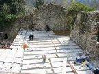Rénovation d'une ruine, réalisation d'un plancher aux Ollières sur Eyrieux ( Ardèche) en 2007